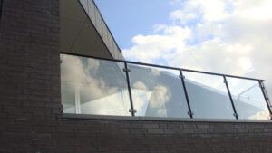 Terrasse værn i glas